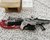 GADGET – Gears Of War Lancer Replica Neca – NEW